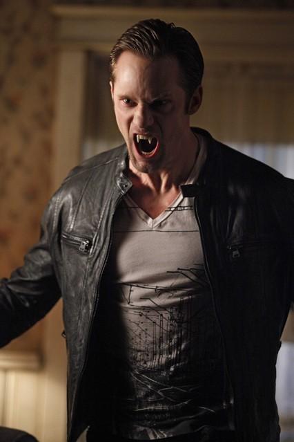Alexander Skarsgard nell'episodio Beautifully Broken di True Blood
