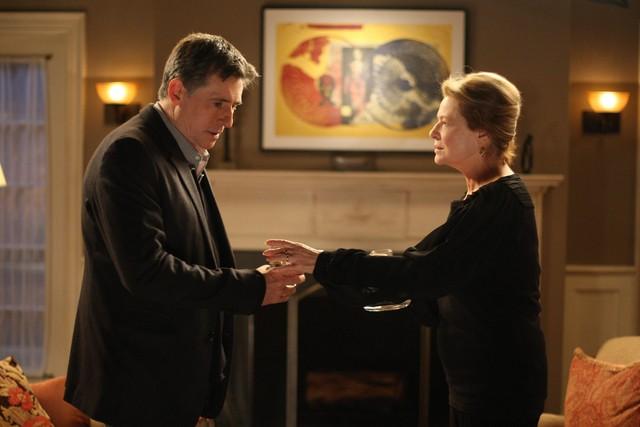 Gabriel Byrne e Dianne Wiest nella serie TV In Treatment