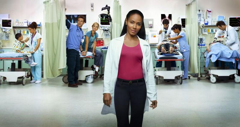 Jada Pinkett Smith in una foto promozionale della stagione 2 di Hawthorne