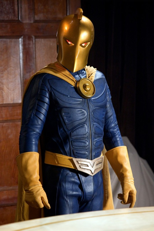 Dr. Fate (Brent Stait) in una scena dell'episodio Absolute Justice di Smallville