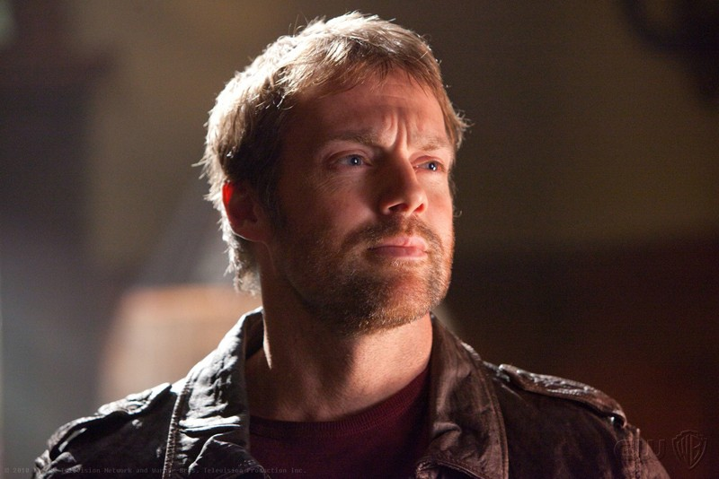 Michael Shanks è Carter Hall nell'episodio Absolute Justice di Smallville
