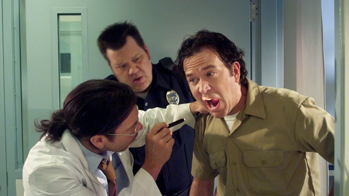 Timothy Hutton e Christian Kane nell'episodio The Jailhouse Job di Leverage