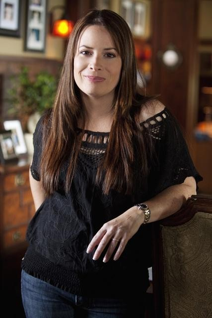Holly Marie Combs nell'episodio Reality Bites Me di Pretty Little Liars