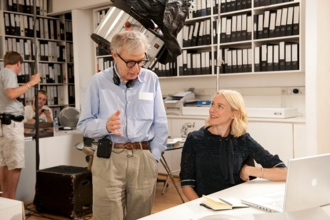 Naomi Watts e Woody Allen sul set del film You Will Meet a Tall Dark Stranger