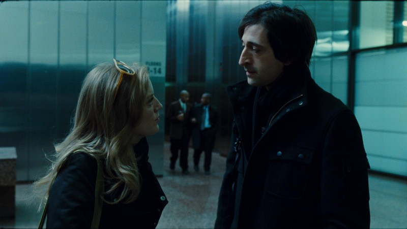 Sarah Polley con Adrien Brody in una sequenza del film Splice