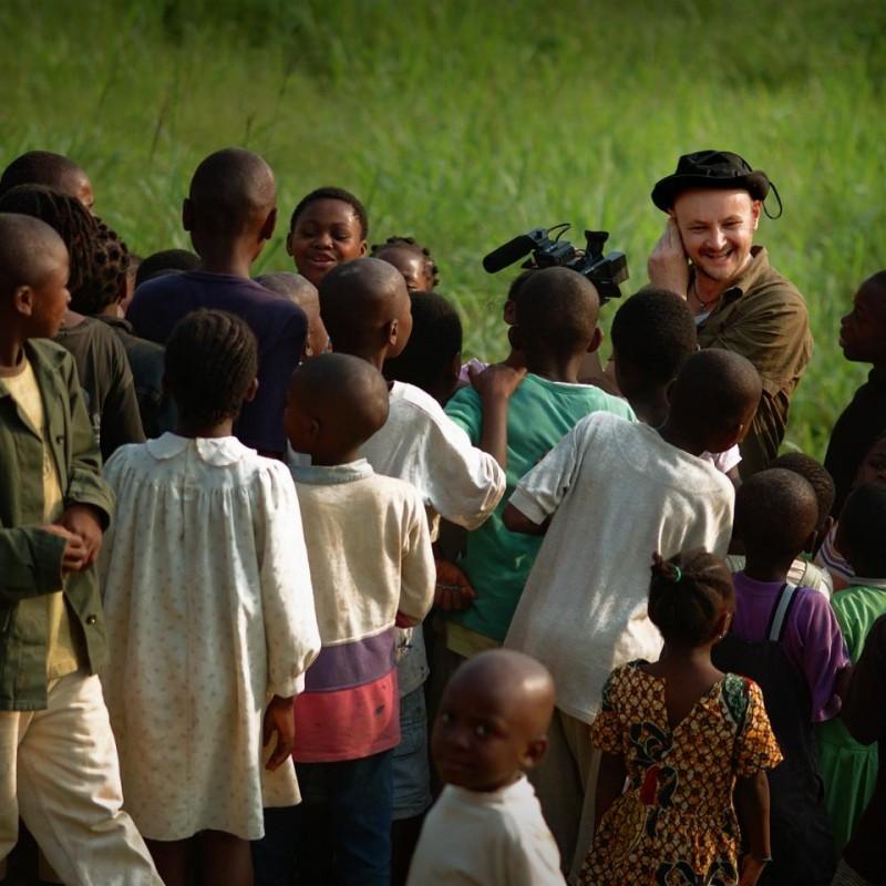 Sul set del documentario 'Il colore delle parole'.