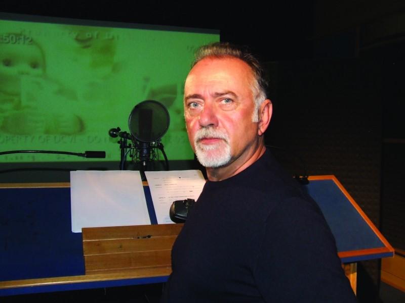 Giorgio Faletti doppia Chuckles per Toy Story 3