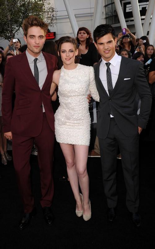 Robert Pattinson, Kristen Stewart e Taylor Lautner posano alla Premiere del film The Twilight Saga: Eclipse, Los Angeles, 2010