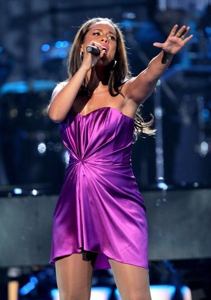 Alicia Keys canta ai BET Awards 2010