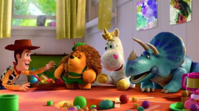Woody, Mr. Pricklepants, Cono di Panna e Trixie in un'immagine diToy Story 3