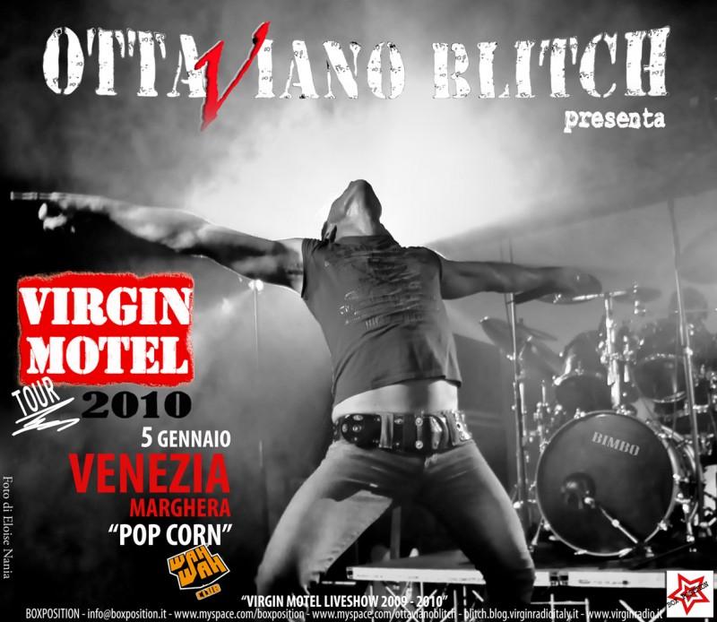 Un'immagine pubblicitaria di Ottaviano Blitch in tour con i Virgin Motel.