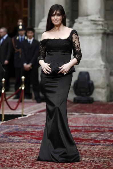 Abito sirena per Monica Bellucci alla celebrazione dei vent'anni di moda maschile di D&G (2010)