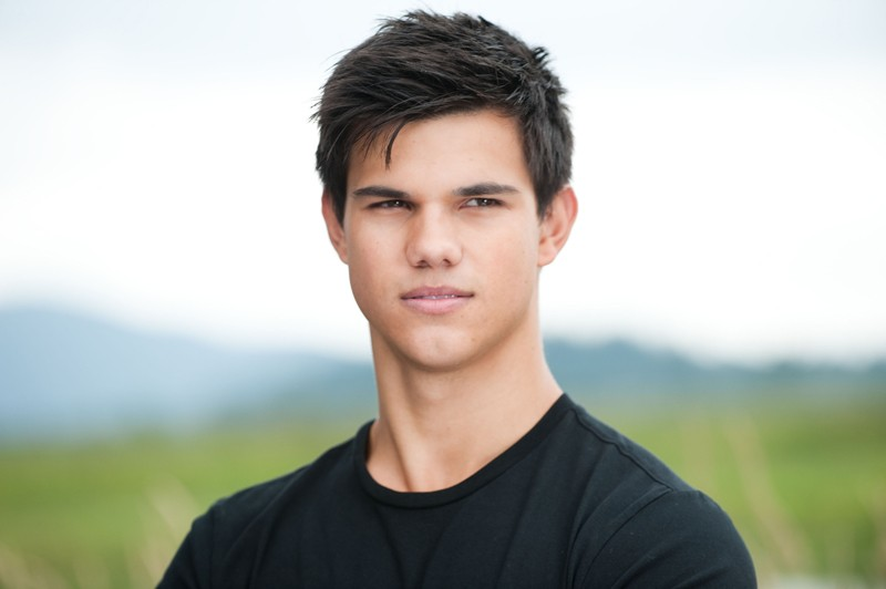 Un primo piano del bel Taylor Lautner nel film The Twilight Saga: Eclipse