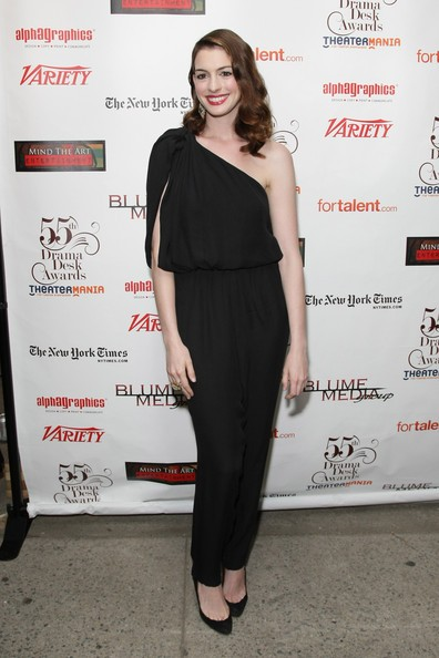 Anne Hathaway ai Drama Desk Award