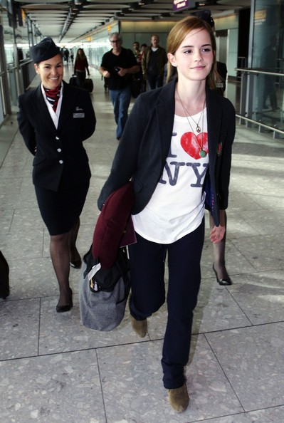 Emma Watson all'aeroporto di Heathrow