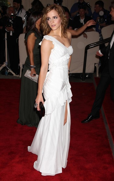 Emma Watson all'annuale gala del Metropolitan Museum Of Art, nel 2010