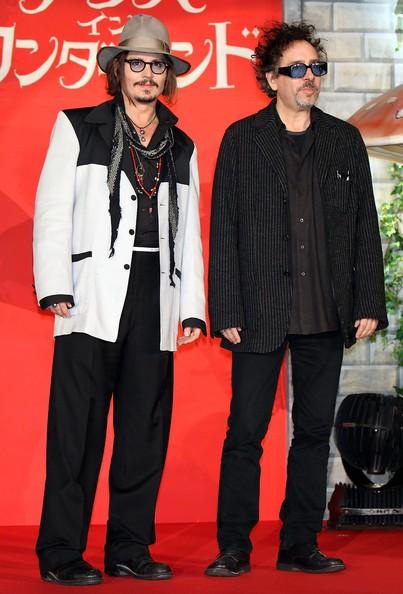 Johnny Depp con Tim Burton alla premiere giapponese di Alice in Wonderland