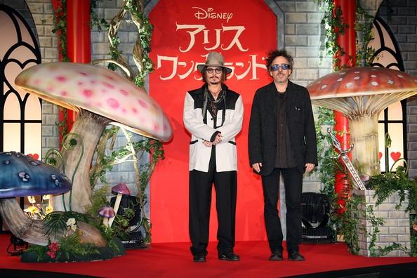 Johnny Depp con Tim Burton alla premiere nipponica di Alice in Wonderland