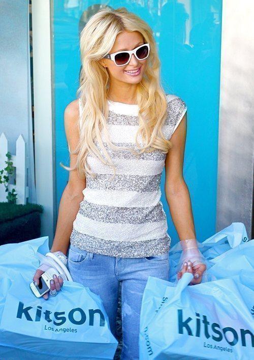 Paris Hilton fa ricco shopping da Kitson a Los Angeles