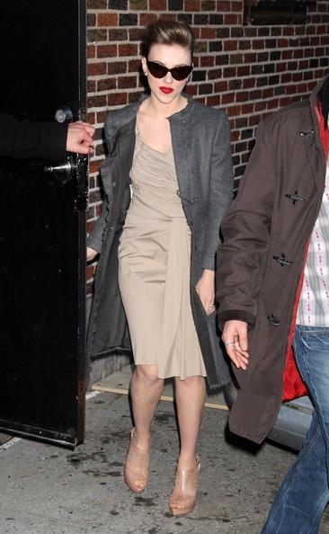 Scarlett Johansson prima di un'intervista con David Letterman