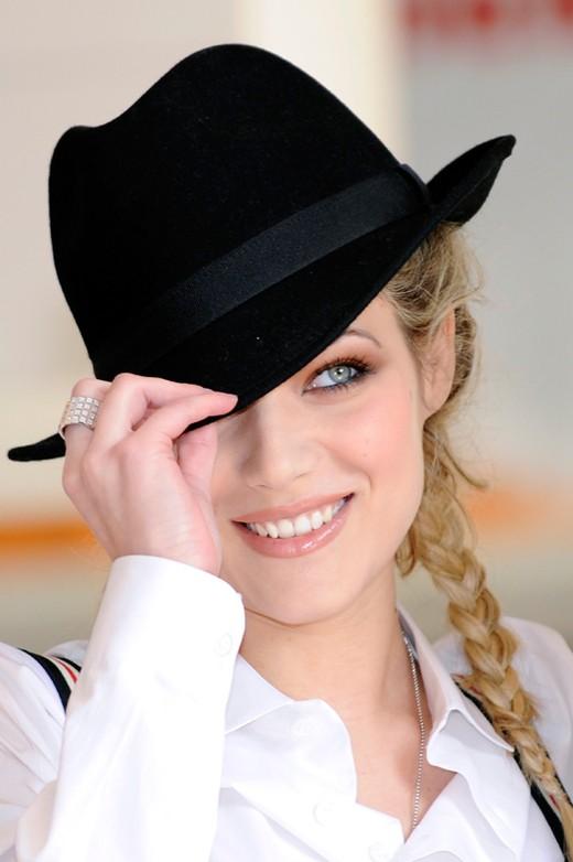Laura Chiatti durante la presentazione di Iago, 2009