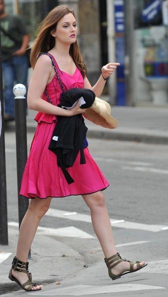 Leighton Meester per le strade del Quartiere Latino per Gossip Girl