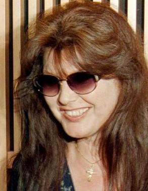 Una foto di Claudia Mori, cantante e attrice