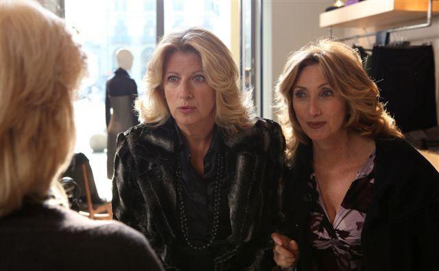Angela Finocchiaro e Lunetta Savino in una scena di Due mamme di troppo
