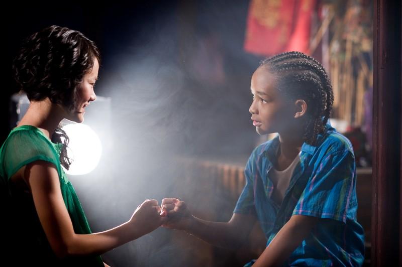 Mei Ying (Wenwen Han) e Dre Parker (Jaden Smith) in una scenaa del film Karate Kid
