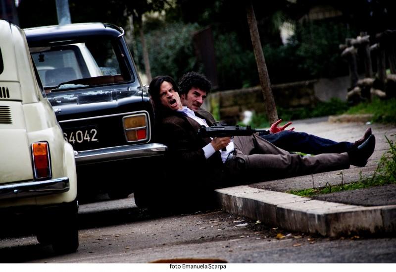 Una scena d'azione di Romanzo Criminale 2 - La serie