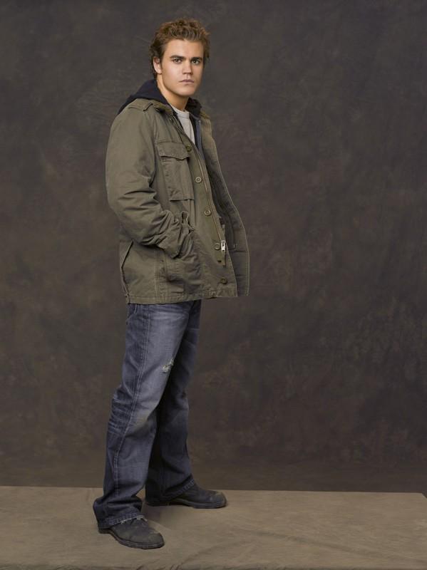 Paul Wesley interpreta il protagonista Aaron Corbett nel film Angeli caduti