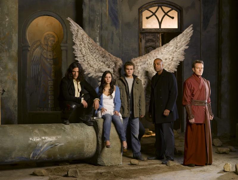 Wallpaper del cast principale del film tv Angeli caduti