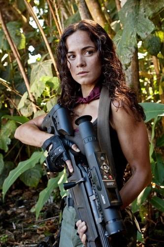 Alice Braga in un'immagine di Predators