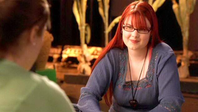Amber Wallace nel film Un microfono per due