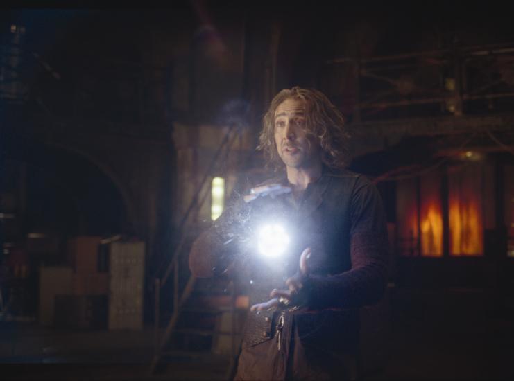 Nicolas Cage alle prese con la magia nel film L'apprendista stregone