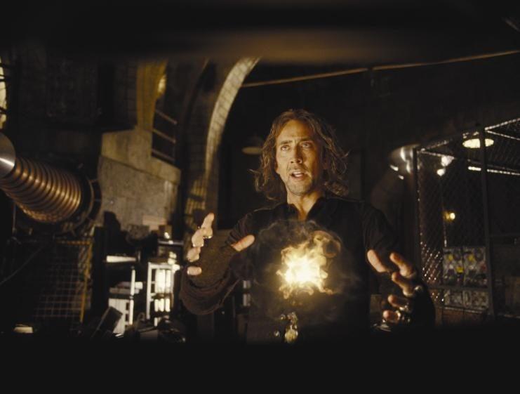 Nicolas Cage in un momento del film L'apprendista stregone