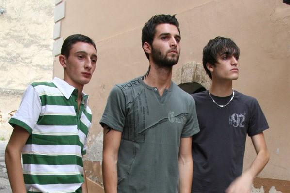 Ciro Petrone, Rosario Ruotolo ed Andrea Iervolino in una scena di Prigioniero di un segreto