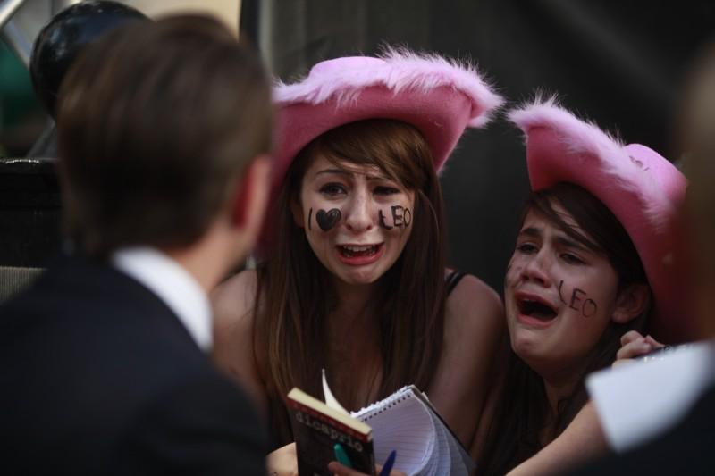 Folla di fan di Leonardo DiCaprio alla premiere americana di Inception
