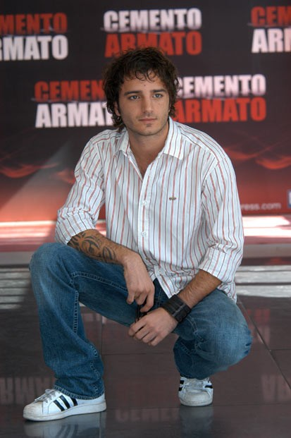 Nicolas Vaporidis presenta Cemento Armato