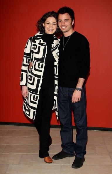 Un sorridente Nicolas Vaporidis con Ana Caterina Morariu presenta Tutto l'amore del mondo