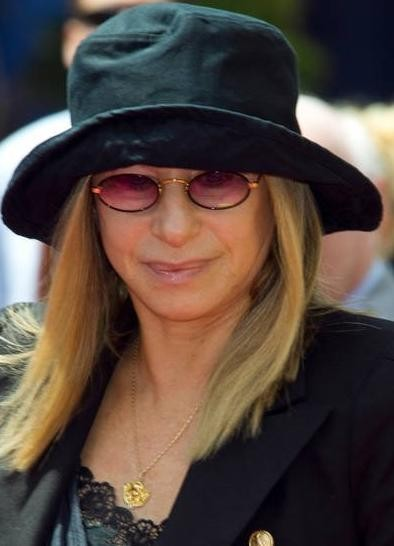 Barbra Streisand alla premiere di Standing Ovation a Los Angeles