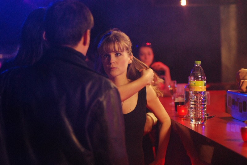 Isabelle Carré in una scena del film Le refuge di Ozon