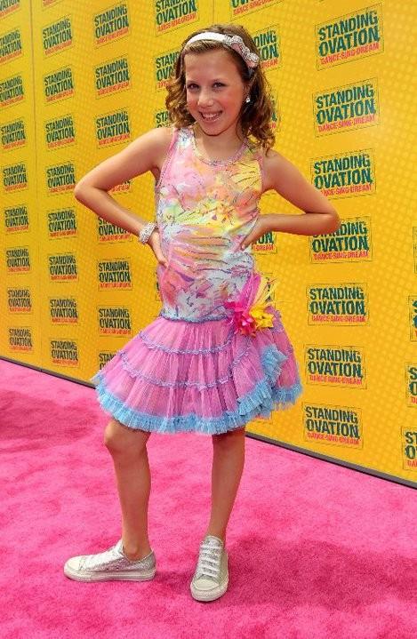 La piccola Alanna Palombo alla premiere di Standing Ovation a Los Angeles