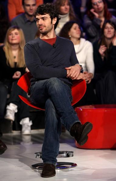 Luca Argentero ospite dello show Scalo 76