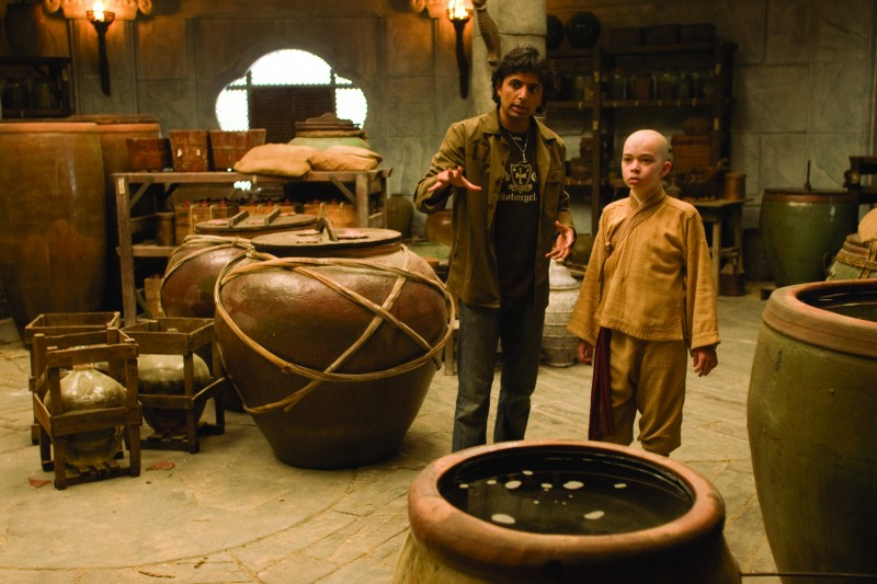 M. Night Shyamalan con Noah Ringer sul set del film The Last Airbender