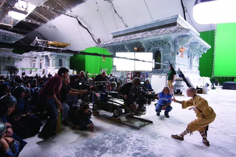 Noah Ringer durante le riprese del film The Last Airbender