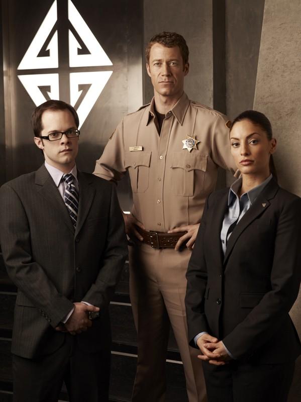 Neil Grayston, Colin Ferguson ed Erica Cerra per la 4 stagione di Eureka