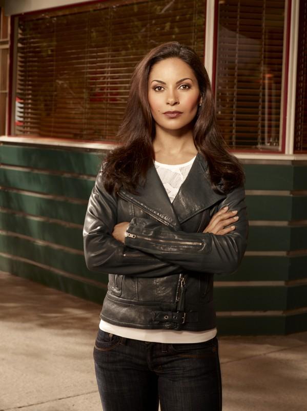 Un'immagine promozionale di Salli Richardson per la 4 stagione di Eureka