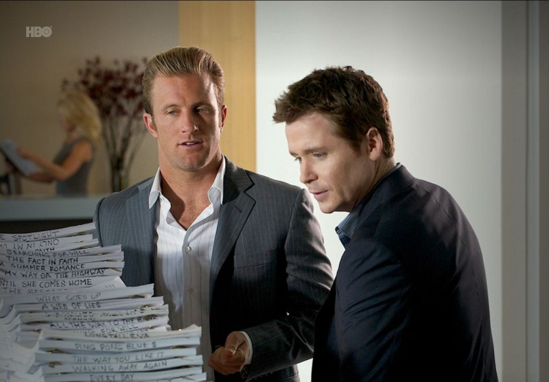 Kevin Connolly e Scott Caan nell'episodio Buzzed di Entourage