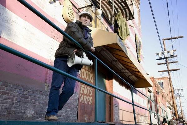 Il regista Joe Wright sul set del film The Soloist